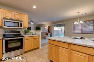 494 E KELSI Avenue, San Tan Valley, AZ 85140