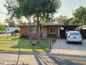 2802 N 33RD Place, Phoenix, AZ 85008