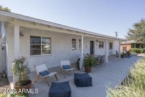 3113 E HIGHLAND Avenue, Phoenix, AZ 85016