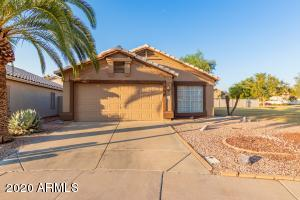 114 W MERRILL Avenue, Gilbert, AZ 85233