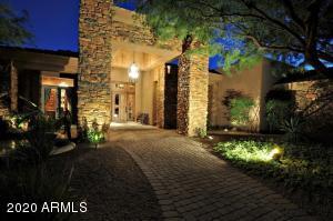 7610 N MOCKINGBIRD Lane, Paradise Valley, AZ 85253