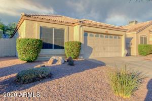 4750 E CHARLESTON Avenue E, Phoenix, AZ 85032