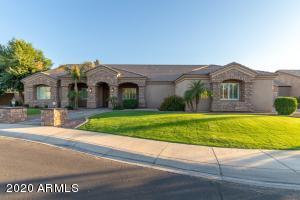 4223 E SCORPIO Place, Chandler, AZ 85249