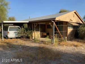 2251 S DESCANSO Road, Apache Junction, AZ 85119