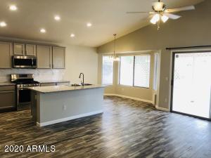 7325 E NOPAL Avenue, Mesa, AZ 85209