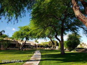 8826 W RIMROCK Drive, Peoria, AZ 85382