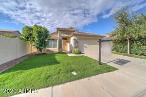 3642 S SAGE Court, Chandler, AZ 85248