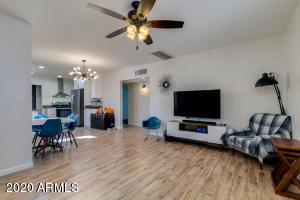 3029 N 15TH Place, Phoenix, AZ 85014