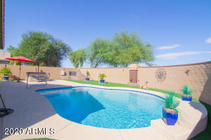 1394 W DANISH RED Trail, San Tan Valley, AZ 85143