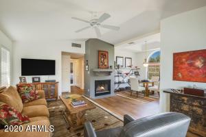 8300 E VIA DE VENTURA Boulevard, 2012, Scottsdale, AZ 85258