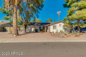 8338 E HAZELWOOD Street, Scottsdale, AZ 85251