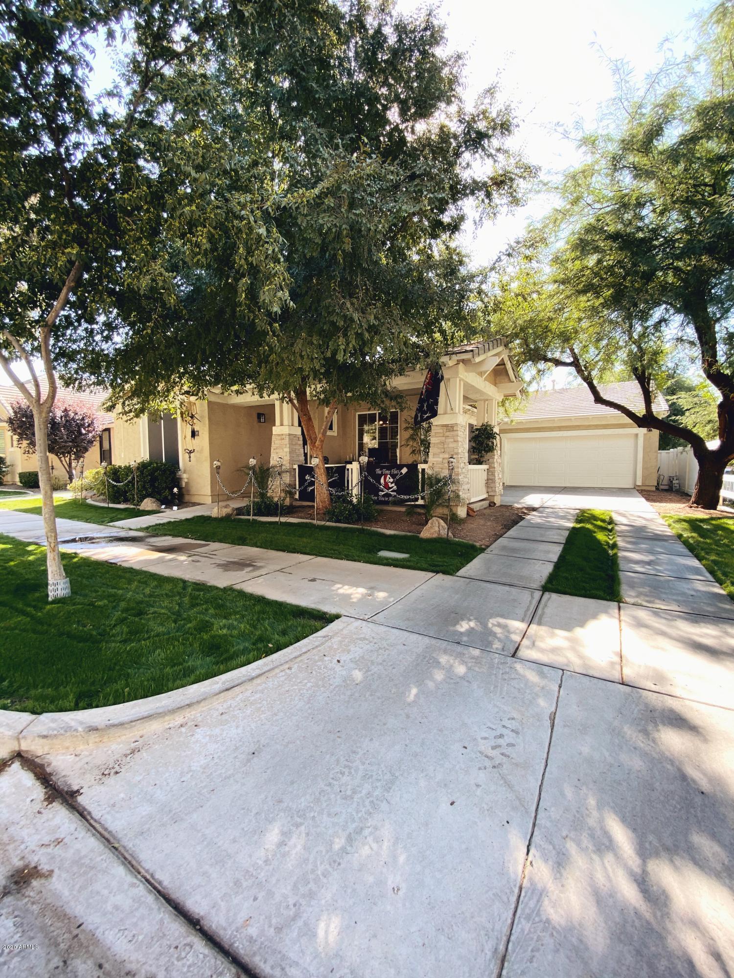 2709 VALENCIA Street, Gilbert, Arizona 85296, 4 Bedrooms Bedrooms, ,2 BathroomsBathrooms,Residential,For Sale,VALENCIA,6153392