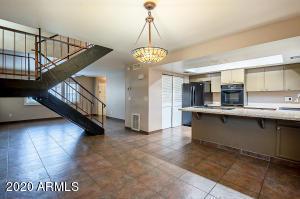 3832 N 30TH Street, Phoenix, AZ 85016