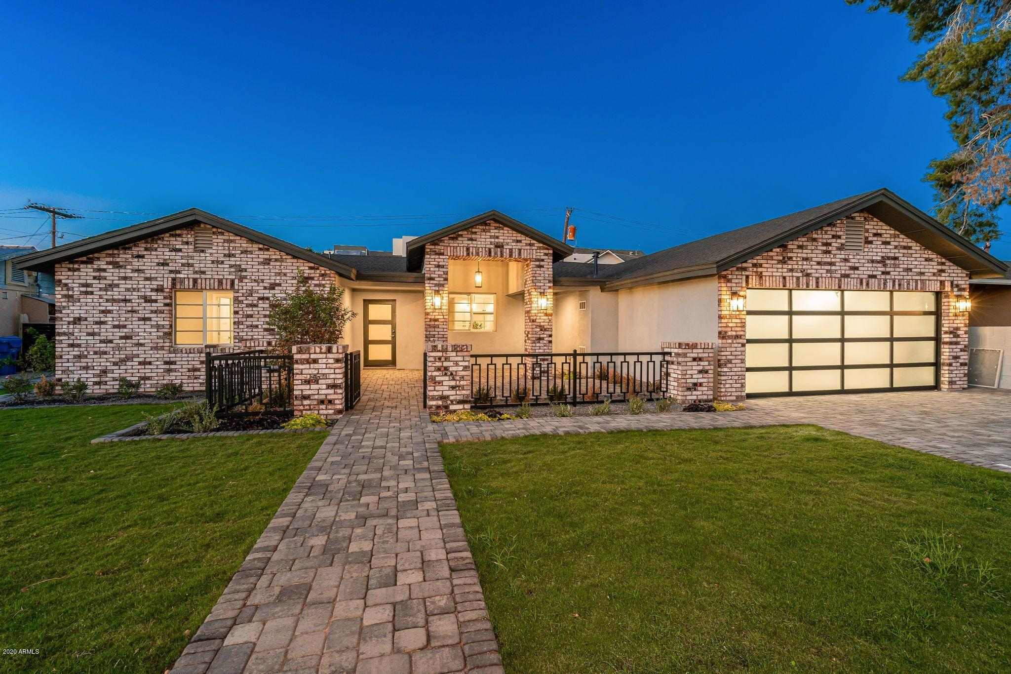 4008 FAIRMOUNT Avenue, Phoenix, Arizona 85018, 3 Bedrooms Bedrooms, ,2.5 BathroomsBathrooms,Residential,For Sale,FAIRMOUNT,6131479