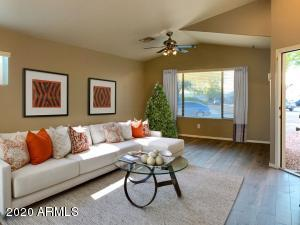 11167 W GRISWOLD Road, Peoria, AZ 85345