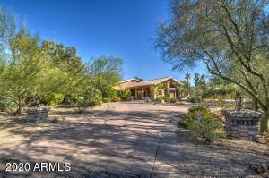 8133 E VIA DE LUNA Drive, Scottsdale, AZ 85255