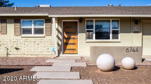 6744 E VERNON Avenue, Scottsdale, AZ 85257