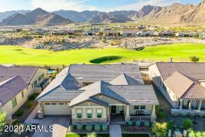 David Weekly GOLF COURSE LOT. SWIMING POOL AND MOUNTAIN VIEWS