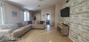 6545 W COCOPAH Street, Phoenix, AZ 85043