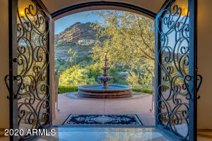 4201 E LAKESIDE Lane, Paradise Valley, AZ 85253