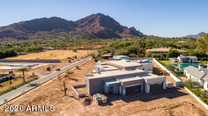 5602 N Wilkinson Road, Paradise Valley, AZ 85253