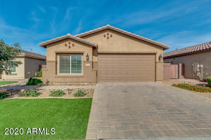 892 W BANYAN Avenue, San Tan Valley, AZ 85140