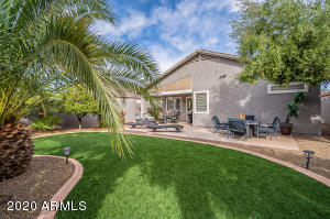37 E LUPINE Place, San Tan Valley, AZ 85143