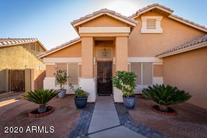 1465 S MONTEREY Street, Gilbert, AZ 85233