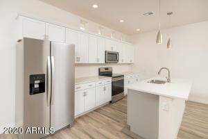 917 W Glendale Avenue, 31, Phoenix, AZ 85021