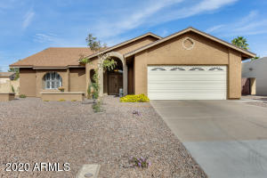634 W SUMMIT Place, Chandler, AZ 85225
