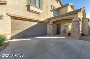 1571 E HOPKINS Road, Gilbert, AZ 85295