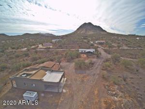 2936 W TWIN PEAKS Lane, New River, AZ 85087