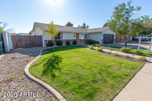 2745 E IRWIN Avenue, Mesa, AZ 85204