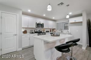2113 W MARSHALL Avenue, Phoenix, AZ 85015