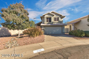 15849 N 32nd Way, Phoenix, AZ 85032