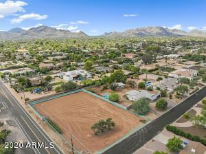 6345 E GOLD DUST Avenue, 312, Paradise Valley, AZ 85253