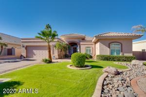 1818 E WILLOW TREE Court, Gilbert, AZ 85234