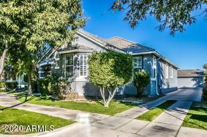 1319 S CLAIBORNE Avenue, Gilbert, AZ 85296