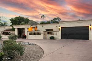 7822 N RIDGEVIEW Drive, Paradise Valley, AZ 85253