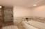2nd Guest Bedroom Bathtub