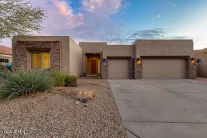 6335 W HILL Lane, Glendale, AZ 85310