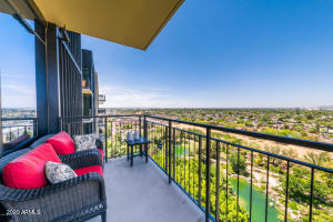 200 W PORTLAND Street, 1120, Phoenix, AZ 85003