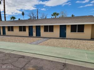 710 N ARIZONA Avenue, Chandler, AZ 85225