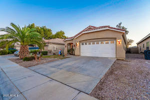 2623 W CAMP RIVER Road, Queen Creek, AZ 85142