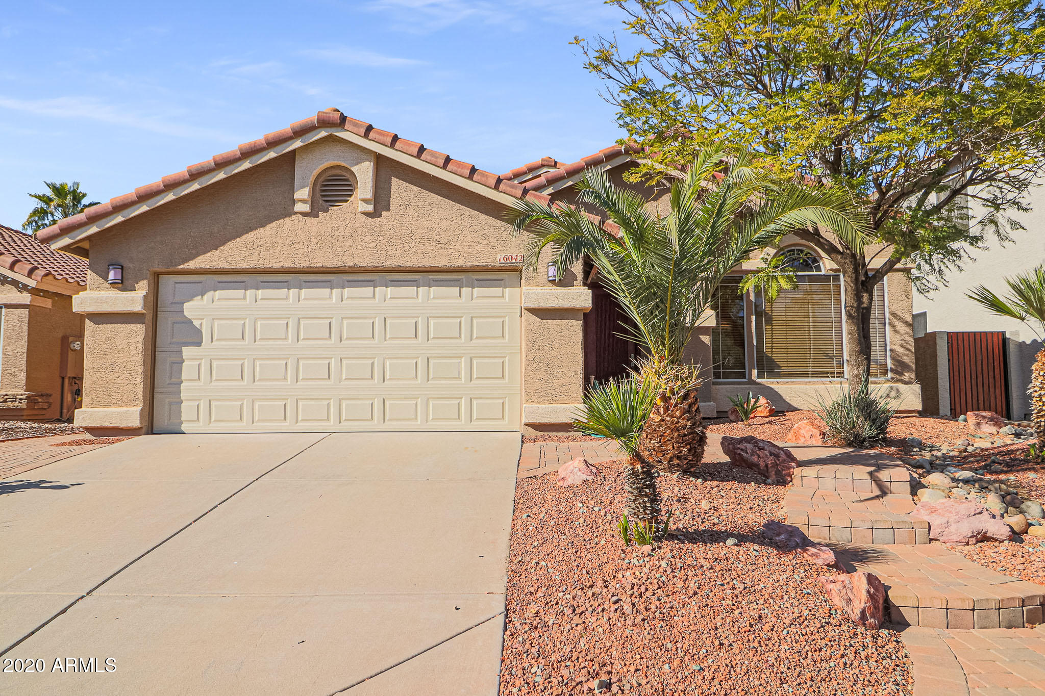 Property for sale at 16042 S 10th Street, Phoenix,  Arizona 85048