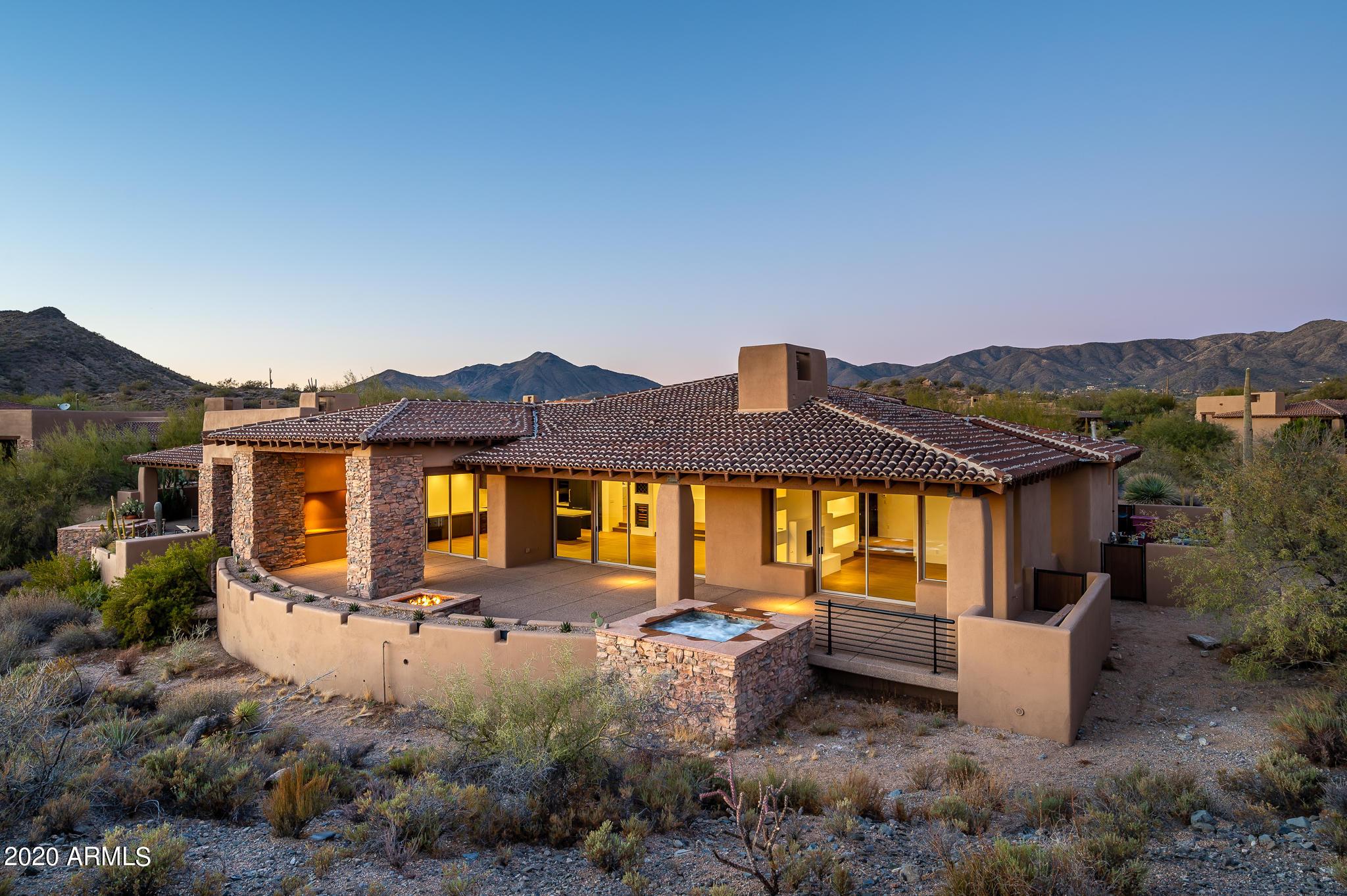 Photo of 9933 E LOOKOUT MOUNTAIN Drive, Scottsdale, AZ 85262