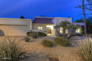 Charming home, located in the heart of Scottsdale