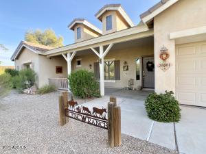 35661 N MOYES Road, Queen Creek, AZ 85142