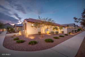 20634 W COLLEGE Drive, Buckeye, AZ 85396