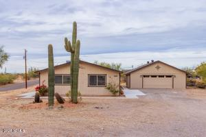 1250 N MOUNTAIN VIEW Road, Apache Junction, AZ 85119